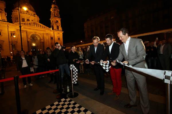 A hivatalos megnyítón jelen volt Budapest színe-java