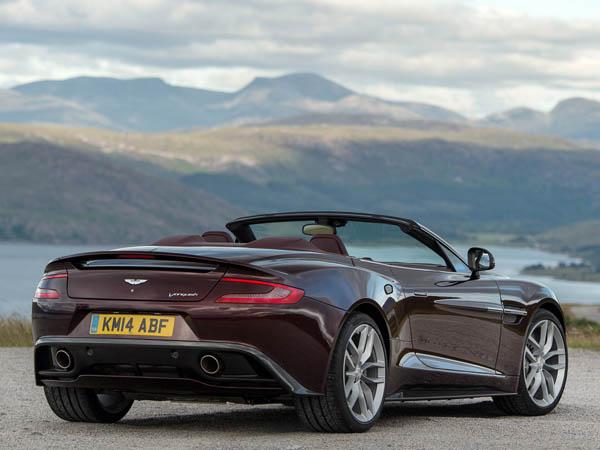 Aston Martin V12 Volante