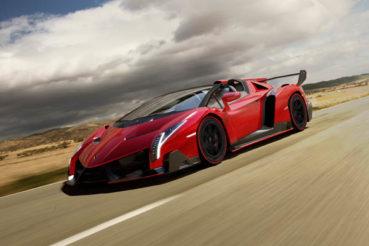 Lamborghini Veneno Roadster: Guruló repülő